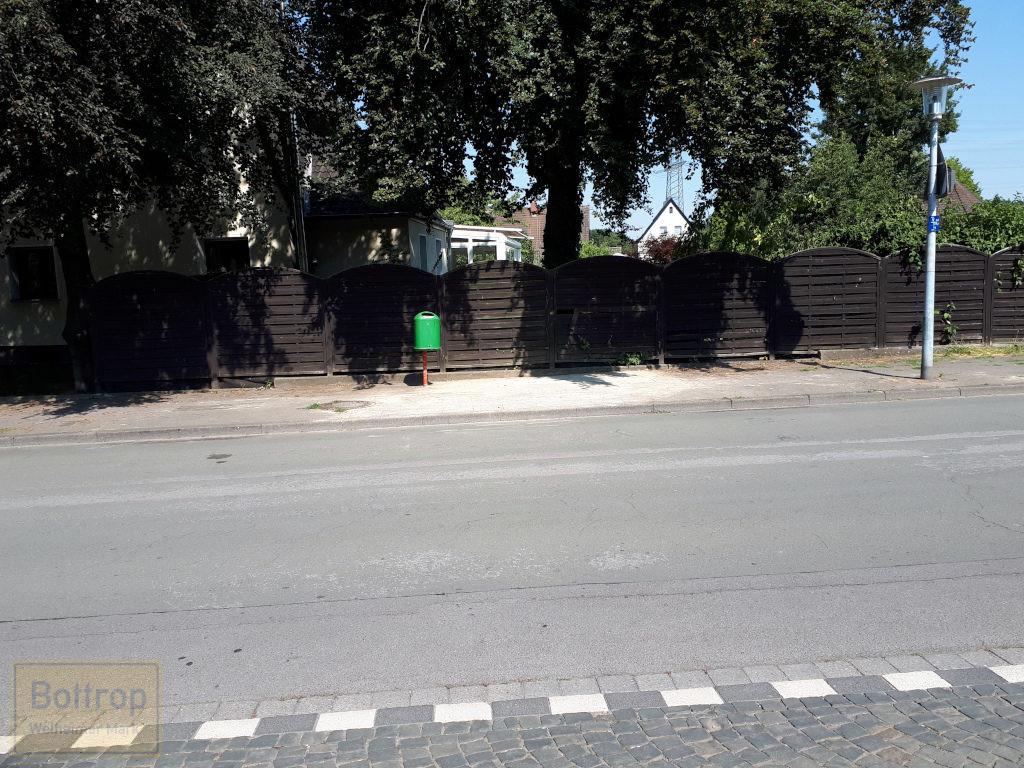 Bushaltestelle Gehweg repariert